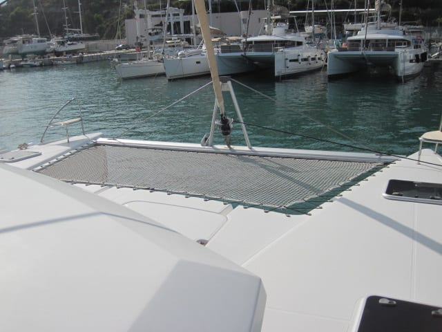 Catamarano in Sicilia Helia 44 con Cabincharter.it